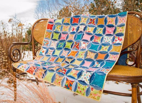 Denim circle rag quilt from blue jeans