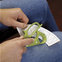 easy way to remove paper fom pieced projects