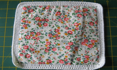 cotton yarn crochet stitch around quilting block