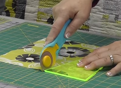 cut fabric using a dresden plate ruler