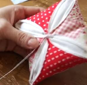 patchwork pin cushion pattern
