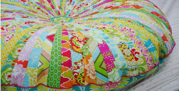 Two Oversized Floor Pillows With Just One Jelly Roll – Quilting Cubby