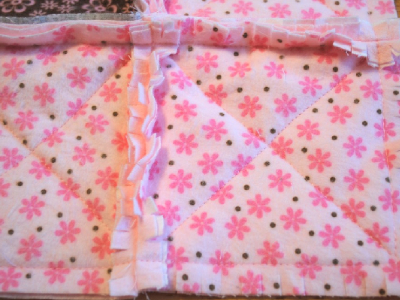 how to cut the edges of baby raggy quilt