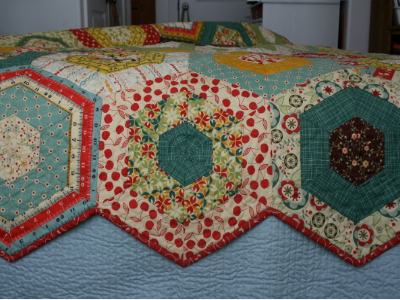 Simple Hexagons Make This Merry Go Round Quilt Quilting Cubby