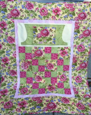 Lap Quilt With Pockets To Keep Hands Warm Or Even Hide Snacks ... : pocket quilt pattern - Adamdwight.com