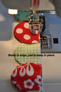 how to sew a row of scallops