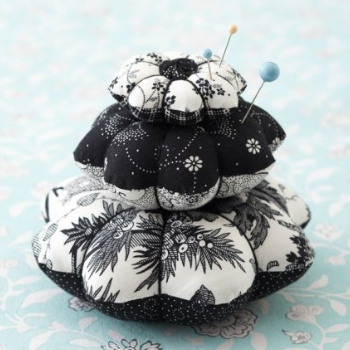 pin cushion flower black and white floral