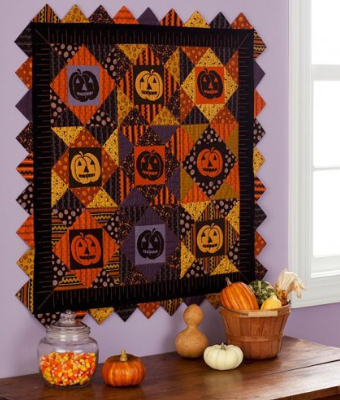 jack-o-lantern-wall-quilt-with-prairie-points