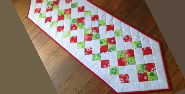 Easy Christmas Table Runner Something New For The Holidays