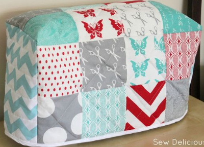 easy-charm-pack-sewing-machine-cover