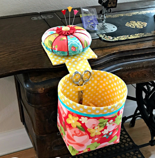 fat quarter friendly scrap basket and pincushion