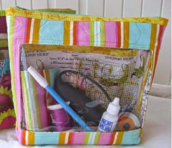 easy-to-make-sewing-bag-with-a-window