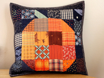 patchwork-pumpkin-throw-pillow-halloween-fabric