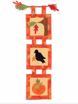 fall-wall-hanging-pattern-with-blackbird-and-pumpkin
