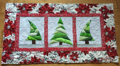 Christmas Table Runner Patterns Free.Christmas Trees Mini Quilt Table Runner Or Display On The