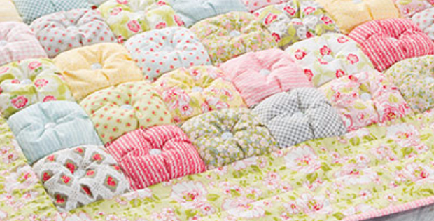 Free Pattern For Baby Puff Quilt : Prettiest Puff Quilt With Buttons Uses A Heap Of Fabric Scraps Quilting Cubby