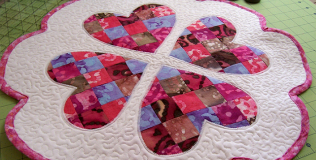 Quilted Round Table Toppers.Valentine Table Topper Merry Go Round Of Hearts Romance Is In The