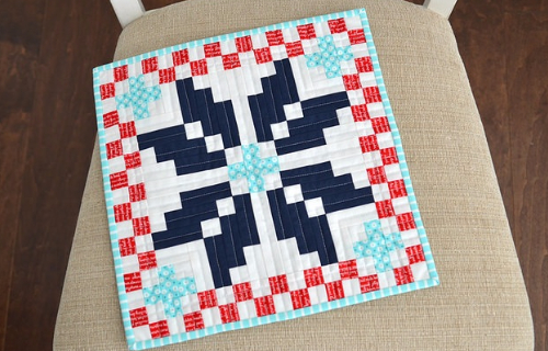 Norway mini quilt pattern Thimble Blossoms
