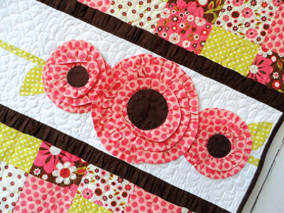 Pocket Of Posies Quilt Pattern.Pocket Full Of Posies Quilt For A Darling Baby Girl