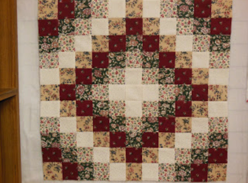 make a simple Trip Around The World quilt pattern
