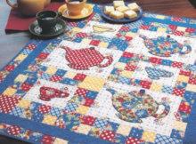 Moda's Vintage Picnic Tea Time table topper Fons and Porter