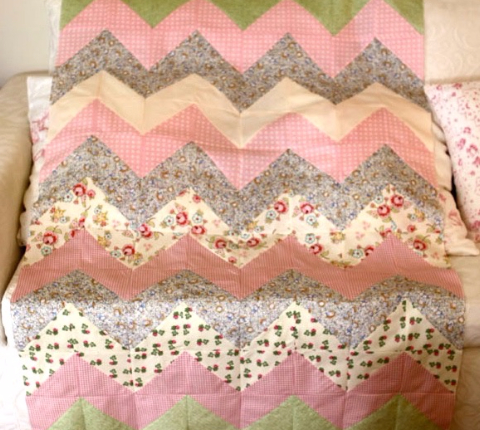 Hello Zig Zag Quilt Pattern : Use The Chevron Zig Zag For Your Next Baby Girl Quilt Quilting Cubby