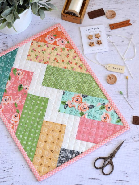 mini quilt wall hanging