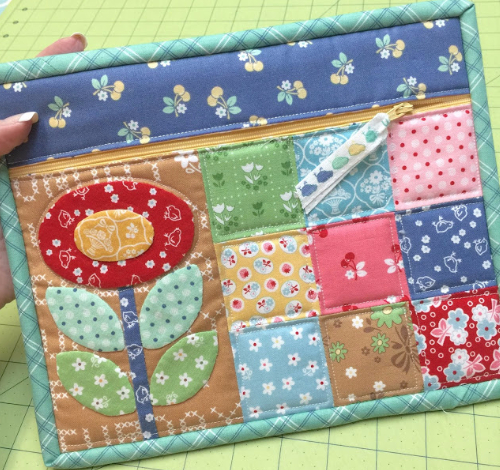 zippered pouch patchwork pattern