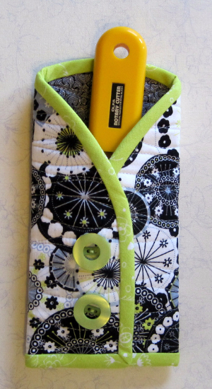 rotary cutter pouch free pattern