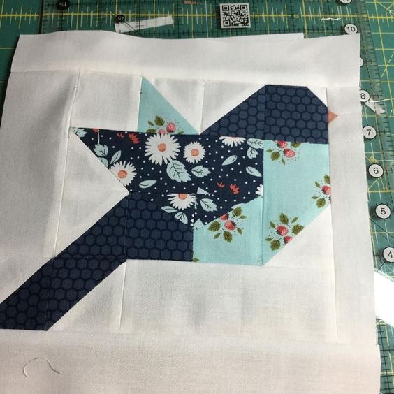 use a self healing cutting mat for quilting