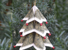 Fold n Stitch Accents Dimensional Christmas tree Christmas ornamnent