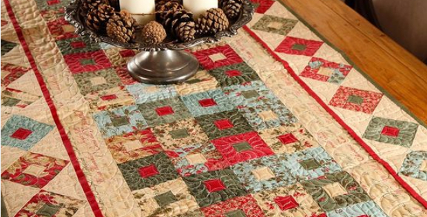 Christmas Table Runner Patterns Free.Forever Green Holiday Table Runner With Christmas Wishes