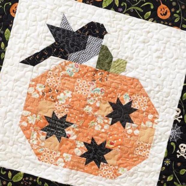 Pumpkin Season Mini Quilt For Fall Celebrations Quilting