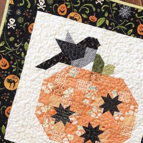 pumpkin season quilt pattern with bird