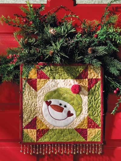 Happy snowman quilt for your front door or anywhere in the for Front door quilt pattern