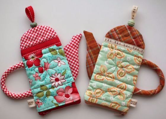 quilted teapots zipper pouches