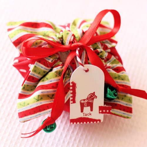 christmas gift pouch with tiny jingle bells