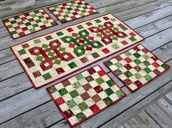 christmas table runner and matching placemats