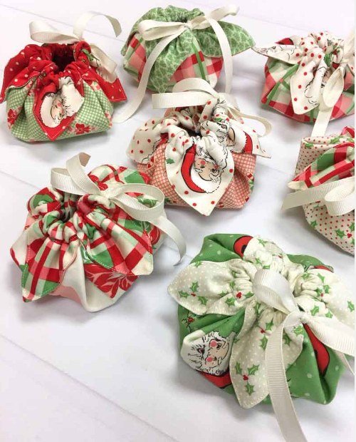 fabric pouch Swell Christmas layer cake
