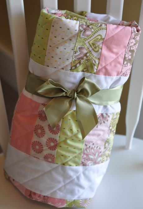 hushabye hollow baby quilt