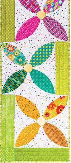 flower table runner pattern