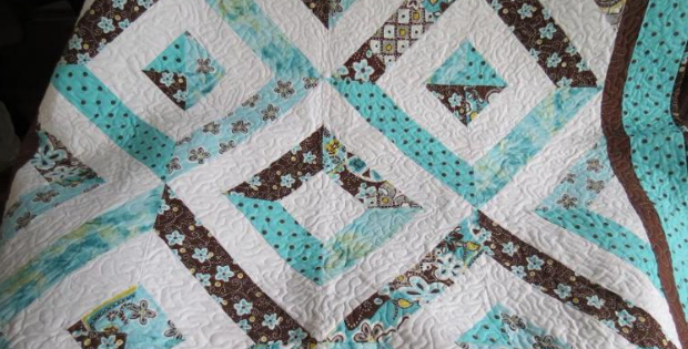 A Stunning Jelly Roll Quilt For Summer In The Park Fun