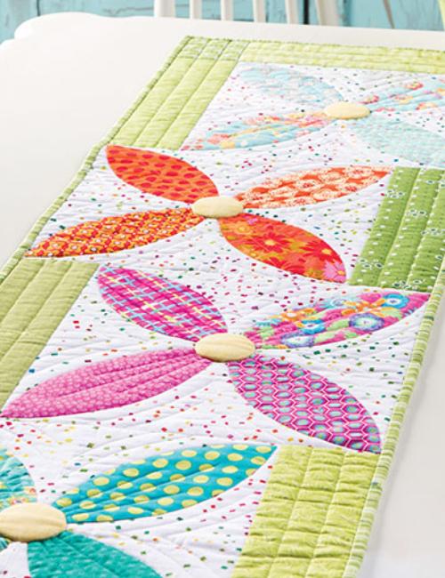table runner flower quilt blocks