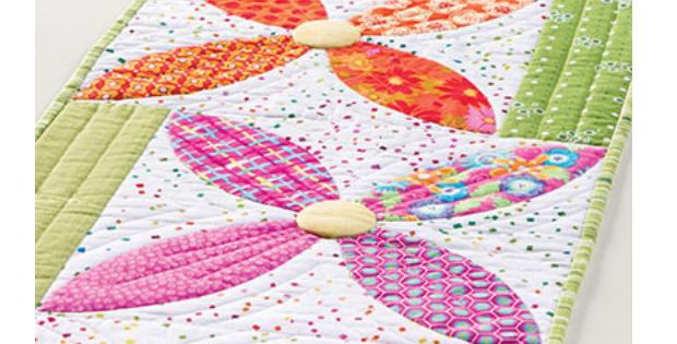 table runner orange peel quilt blocks Summer Blooms