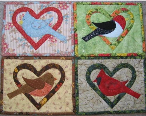 birds in hearts mug rug