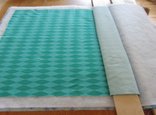 how to baste a quilt on a small table